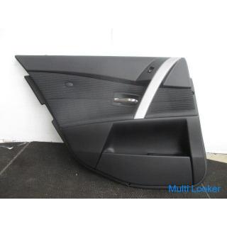 BMW5 E60 NE25 左リアドア トリム 黒