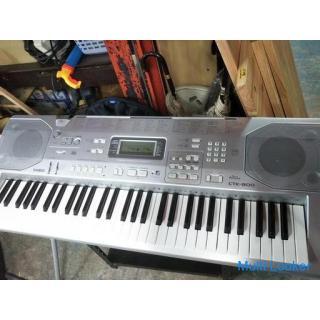 カシオ電子ピアノ