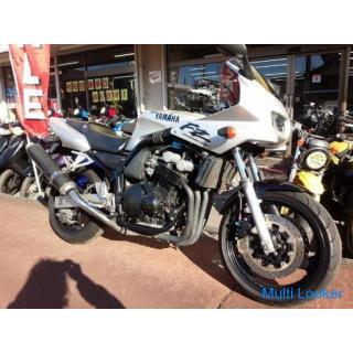 ヤマハ FZ400 水冷4サイクル16バルブ4気筒 カーボンマフラー シルバー