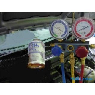 冷えが悪くなった?カーエアコンガスの補充や修理も・車のエアコンガスチャージ☆2~3年でエアコンガスはかなり減ります!