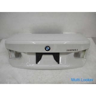 24年 BMW3 3B20 F30 トランク アルピンホワイト3
