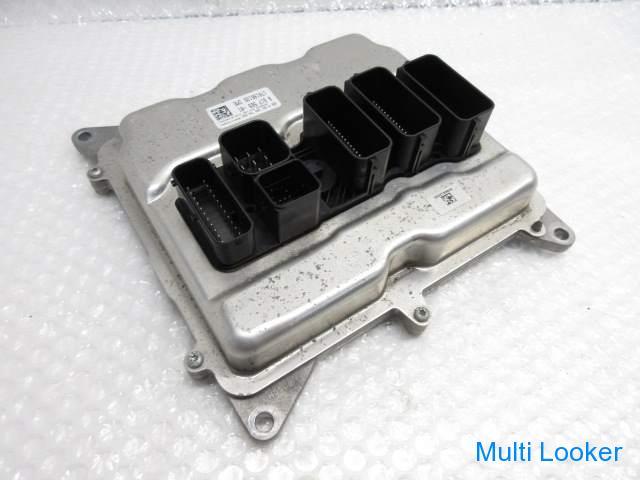 H26 BMW X1 E84 VL20  エンジンコンピューター